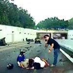 シンガポールの高速道路で逆走車がバイクに…!事故の詳細は【衝撃動画